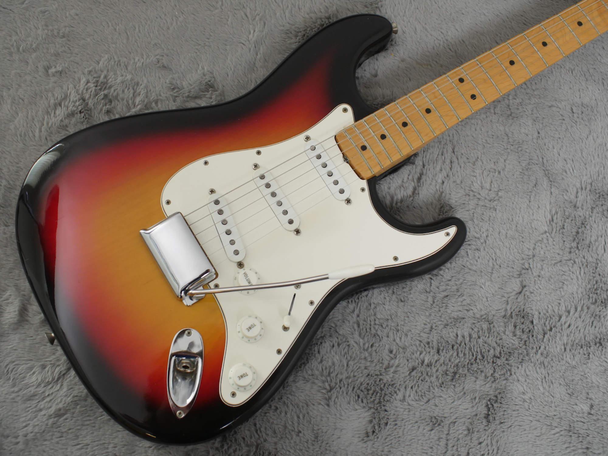 1967 Fender Stratocaster Maple Cap Neck Near MINT + OHSC